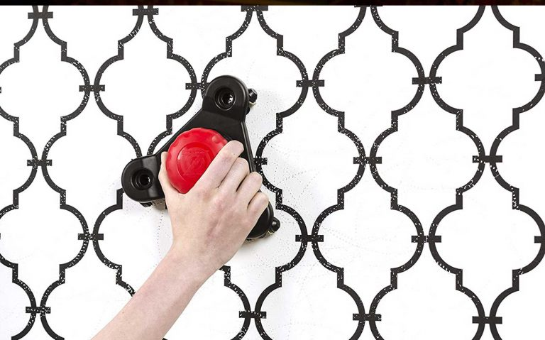 How do you strip wallpaper? Find out in 6 easy steps
